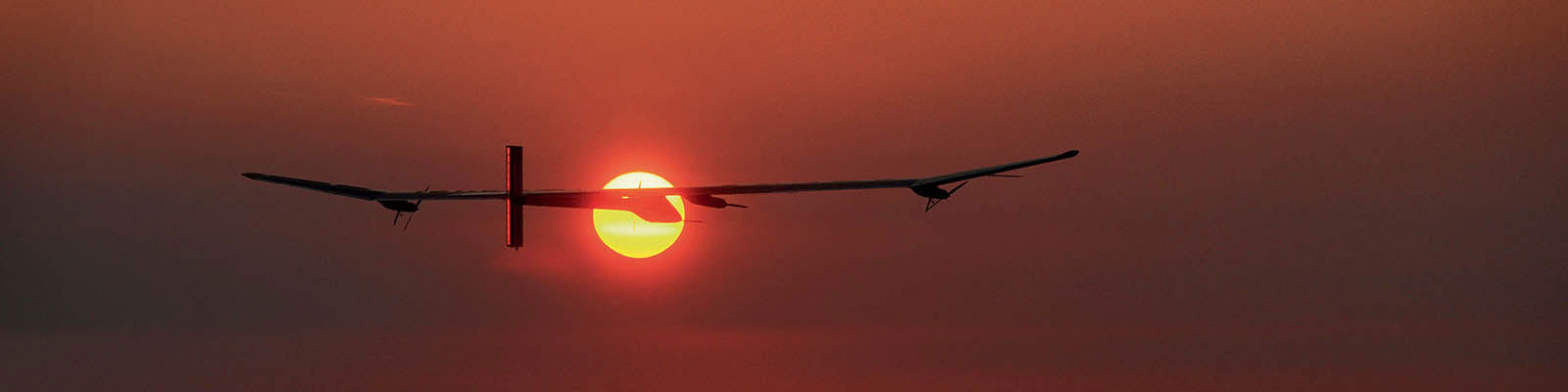 SOLAR IMPULSE HB-SIA - Background