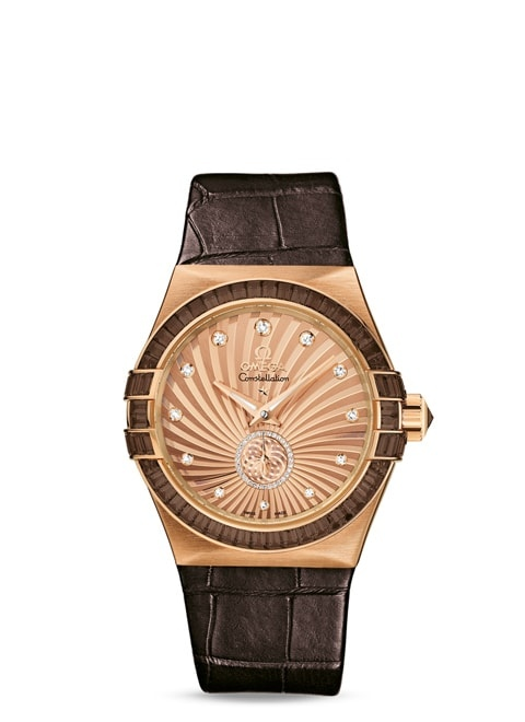 Constellation Co-Axial Small Seconds 35 mm - Red gold on leather strap