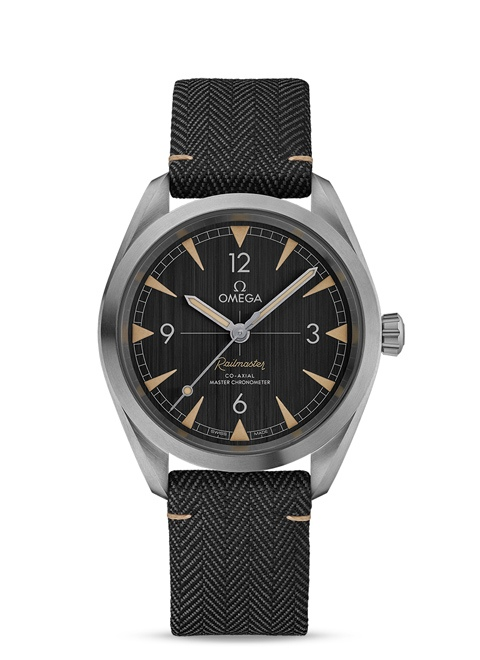 Seamaster Railmaster Omega Co-Axial Master Chronometer 40 mm - Steel on coated nylon fabric strap