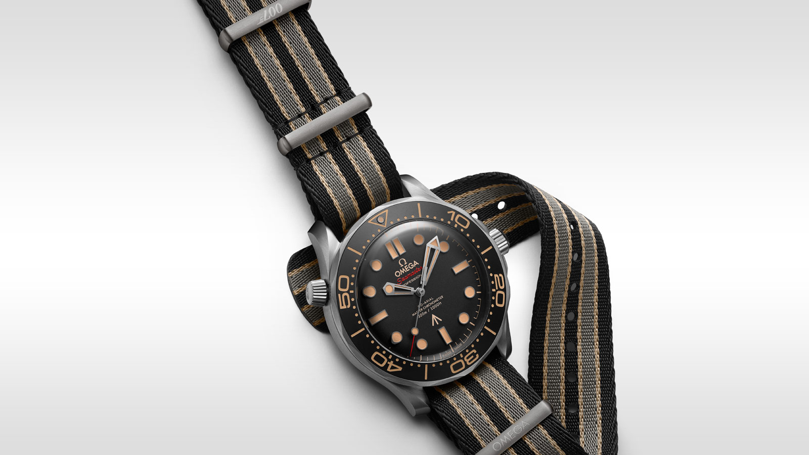 Seamaster Diver 300 M Diver 300M Omega Co‑Axial Master Chronometer 42 mm - 210.92.42.20.01.001 - Afficher 1