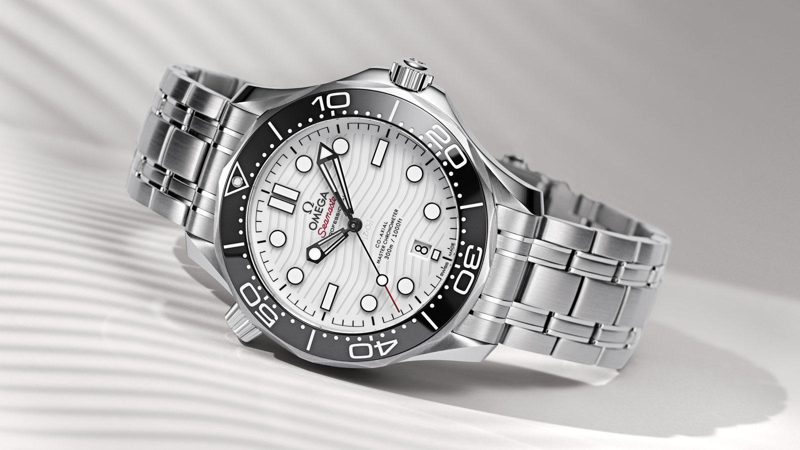 Seamaster Diver 300 M Diver 300M Omega Co‑Axial Master Chronometer 42 mm - 210.30.42.20.04.001 - View 1