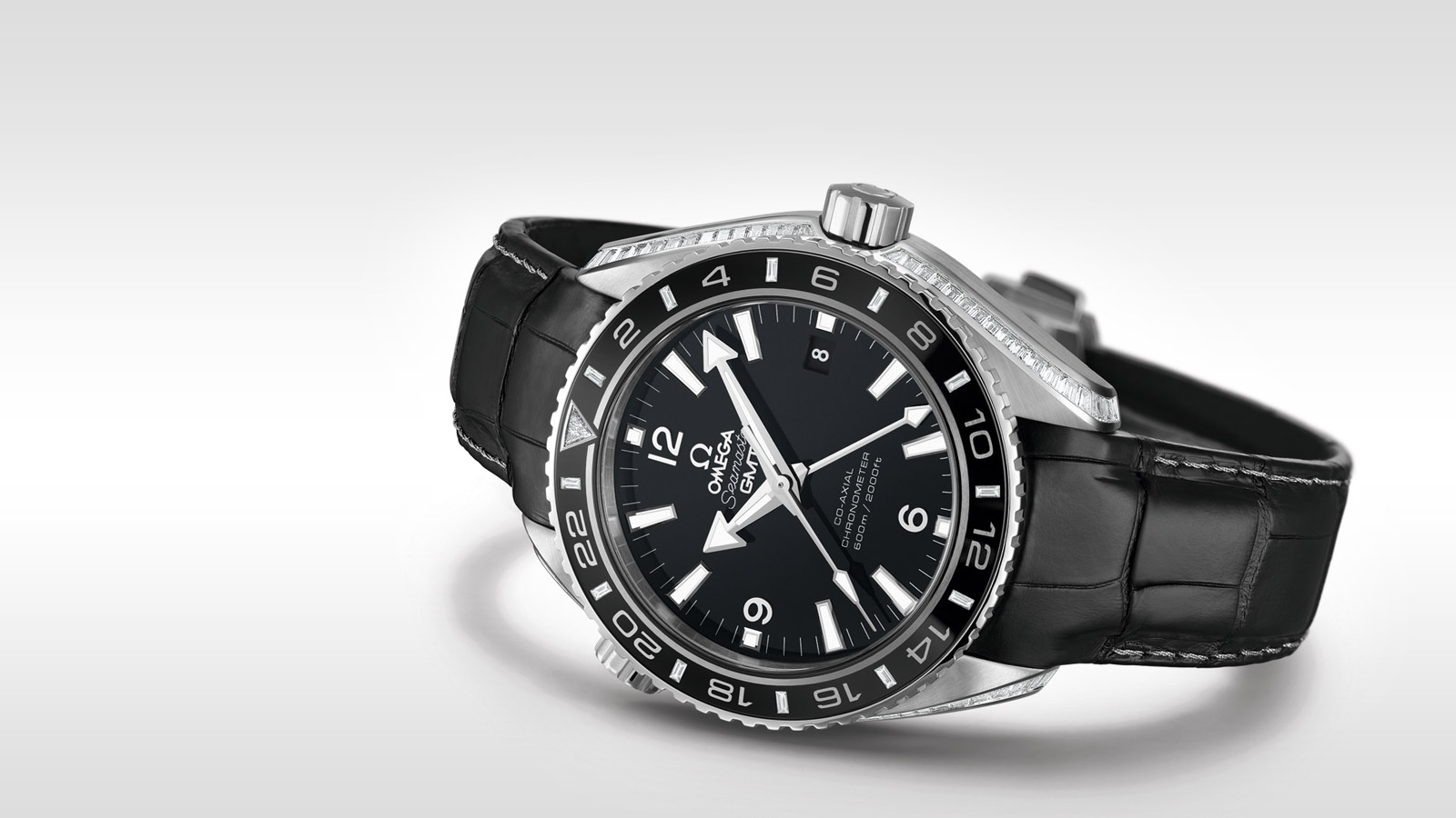 Seamaster Planet Ocean 600M Planet Ocean 600M Omega Co‑Axial GMT 43,5 mm - 232.98.44.22.01.001 - Vista 1