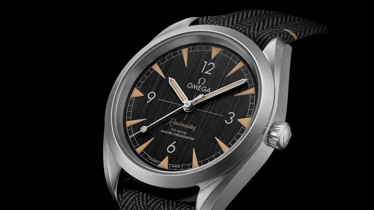 Seamaster Railmaster Railmaster Omega Co‑Axial Master Chronometer 40 mm - 220.12.40.20.01.001 - View 3