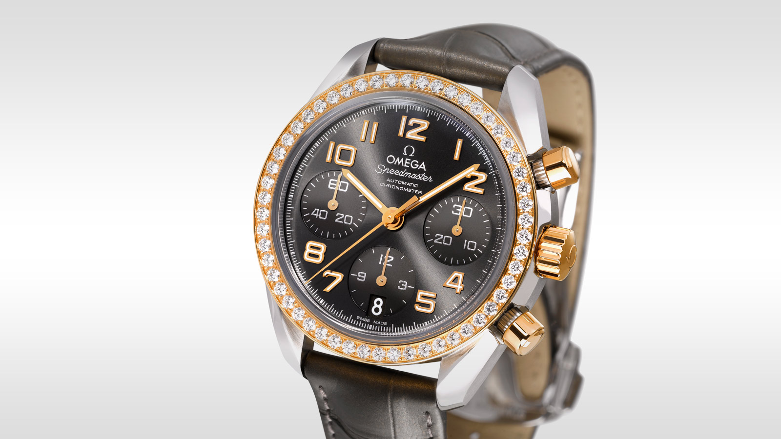 Speedmaster Ladies' Chronograph Speedmaster Chronograph 38 mm - 324.28.38.40.06.001 - Visualizzare 2