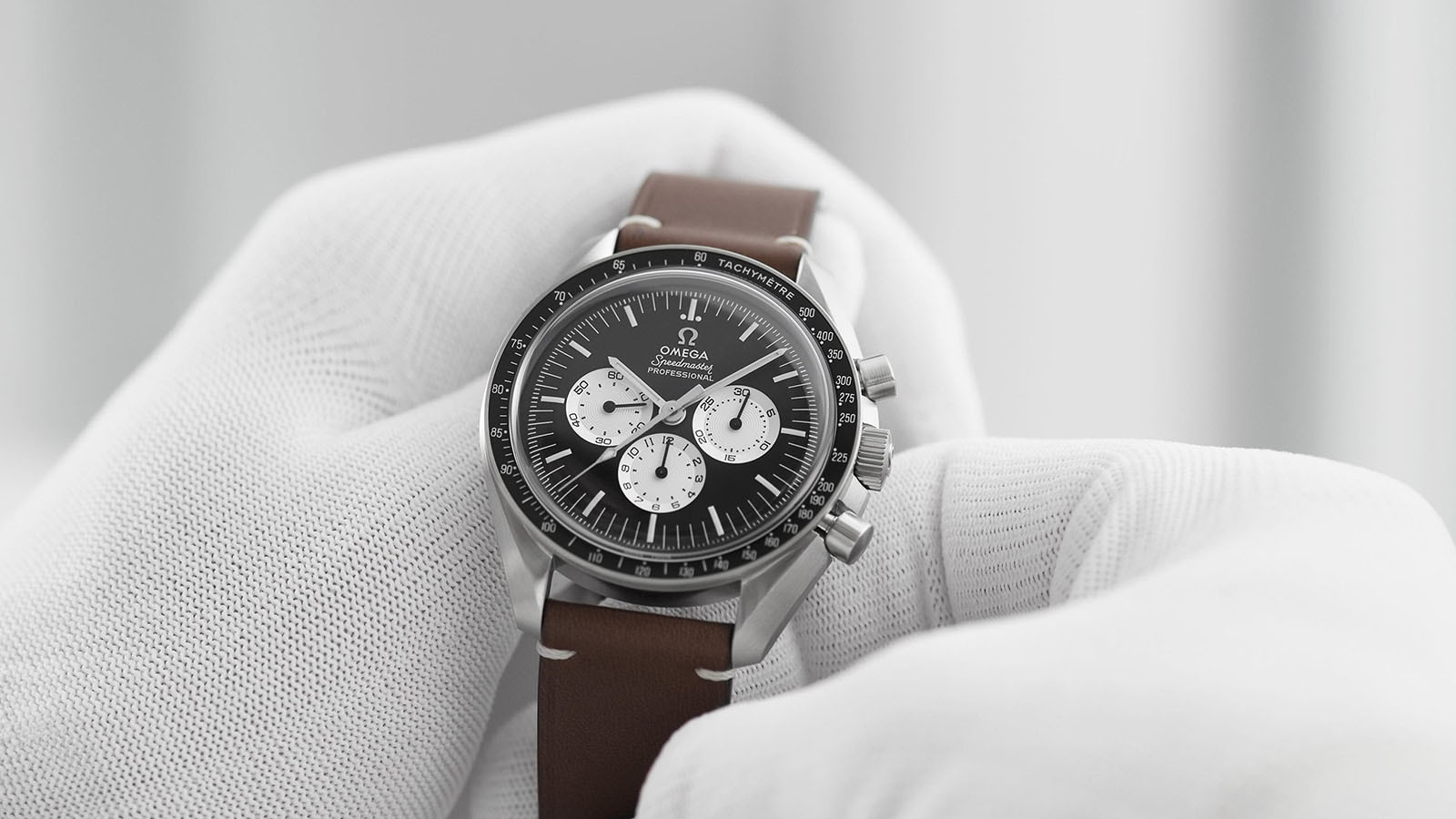 """The first """"speedy tuesday"""" leaves the factory - Single - 54925"""