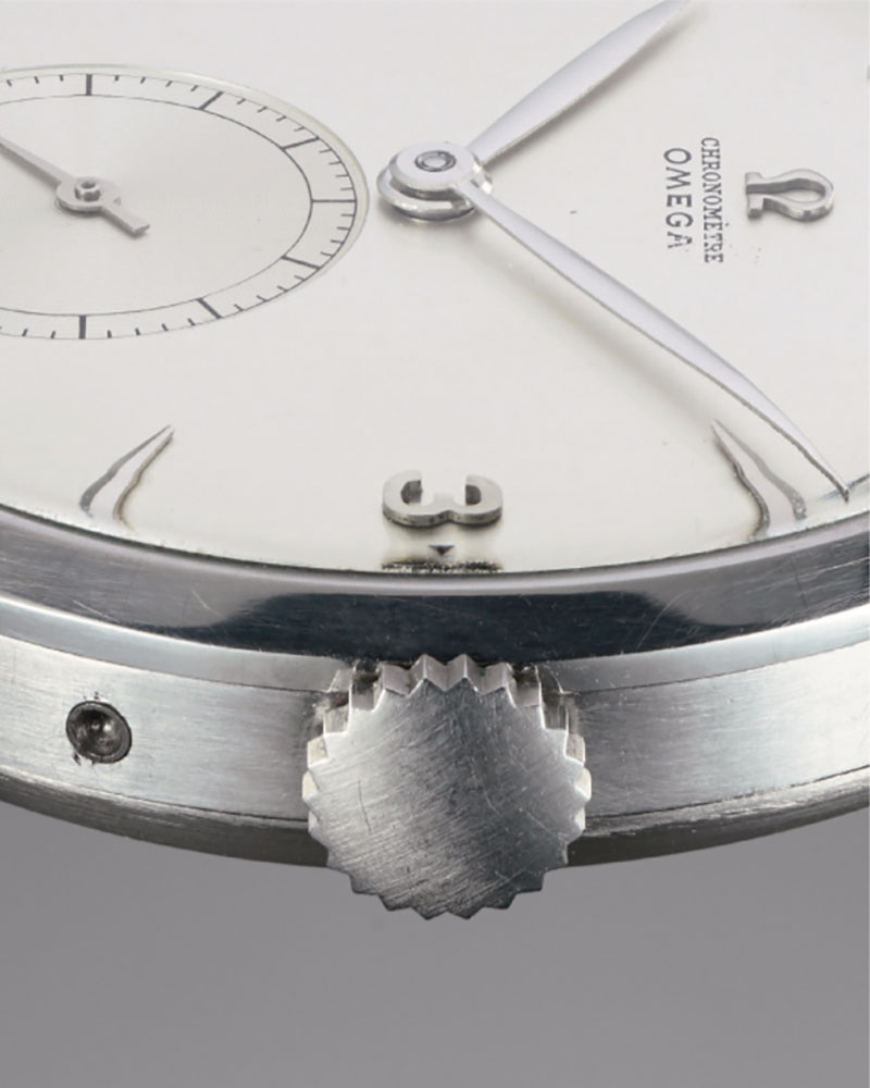 Close view of the crown of the 1947 Tourbillon watch