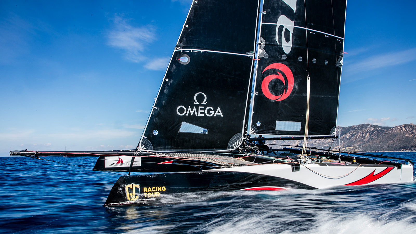 OMEGA supports sailors from all levels - Single - 62271