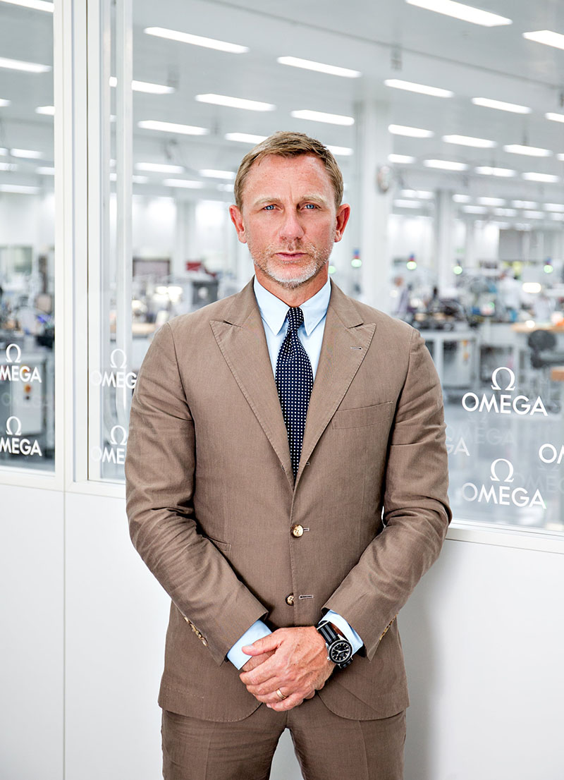Daniel Craig visits the OMEGA factory in Villeret | OMEGA US®