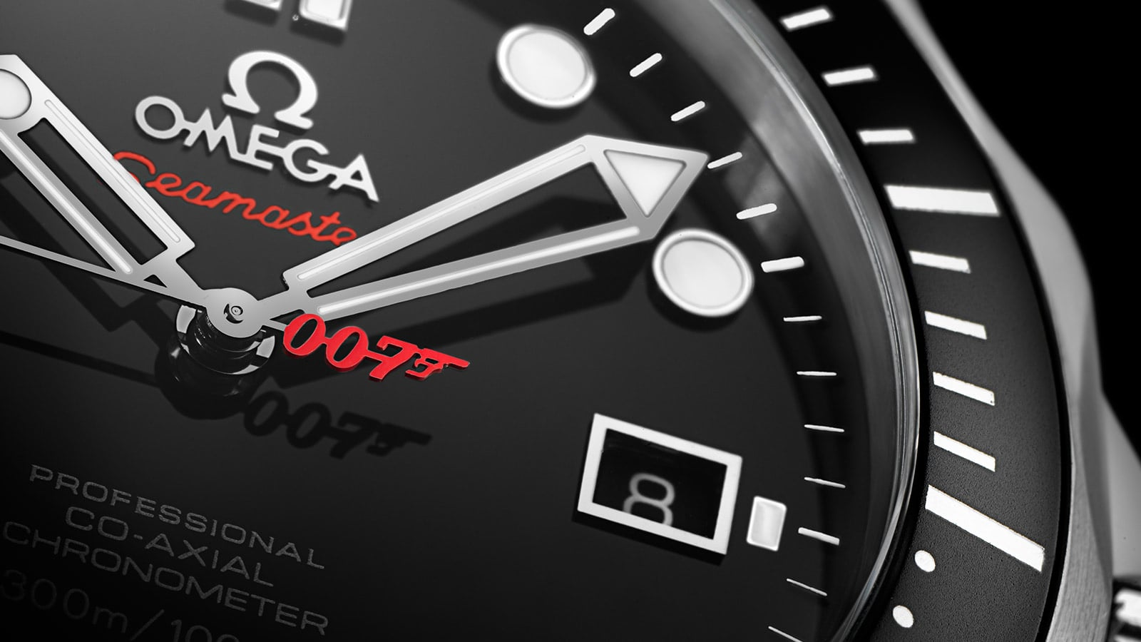 Close view of the hand and date complication of the Seamaster professional 007 watch