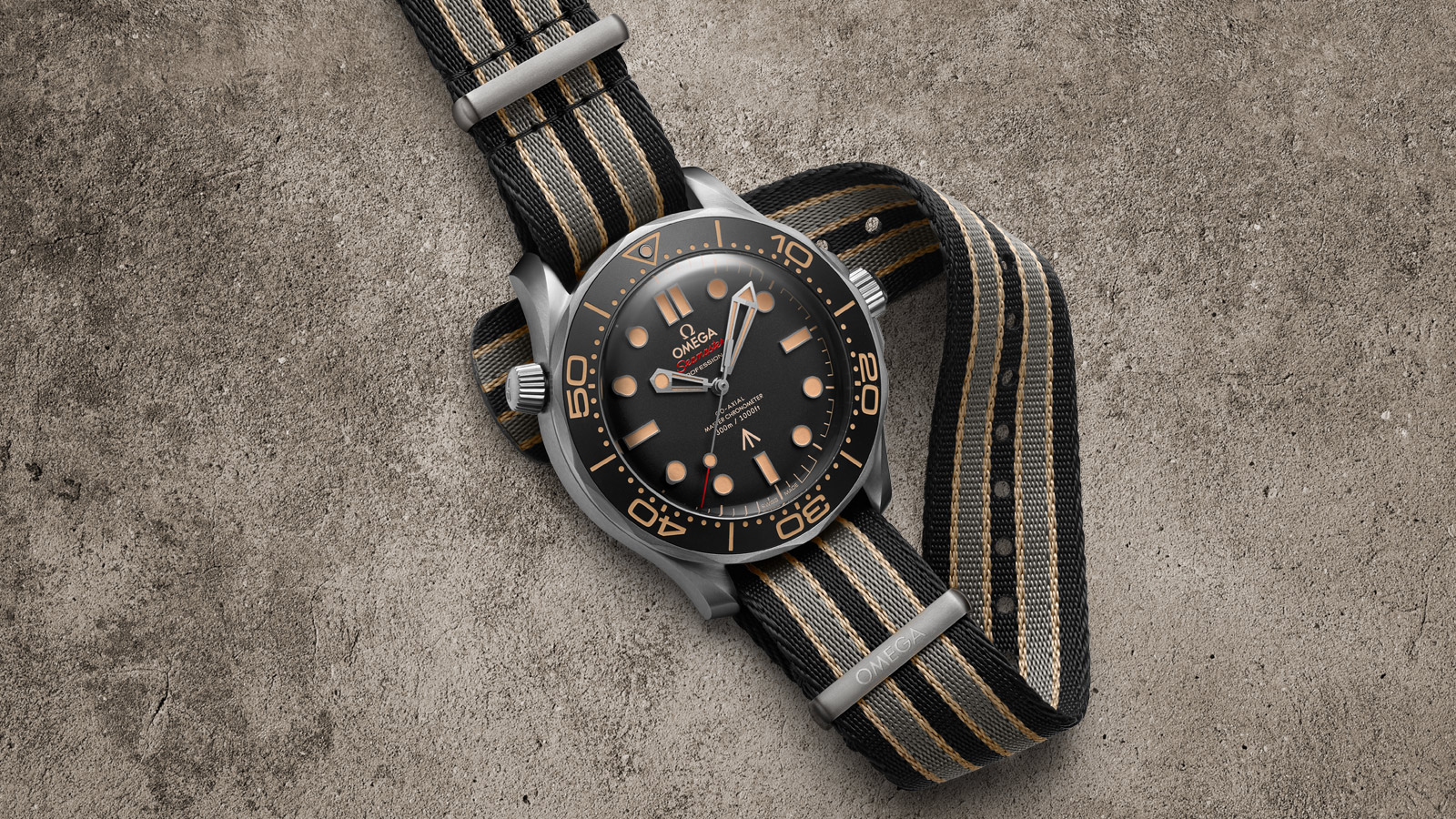 Seamaster Diver 300M Édition 007 - Diapositive 3 - 83561