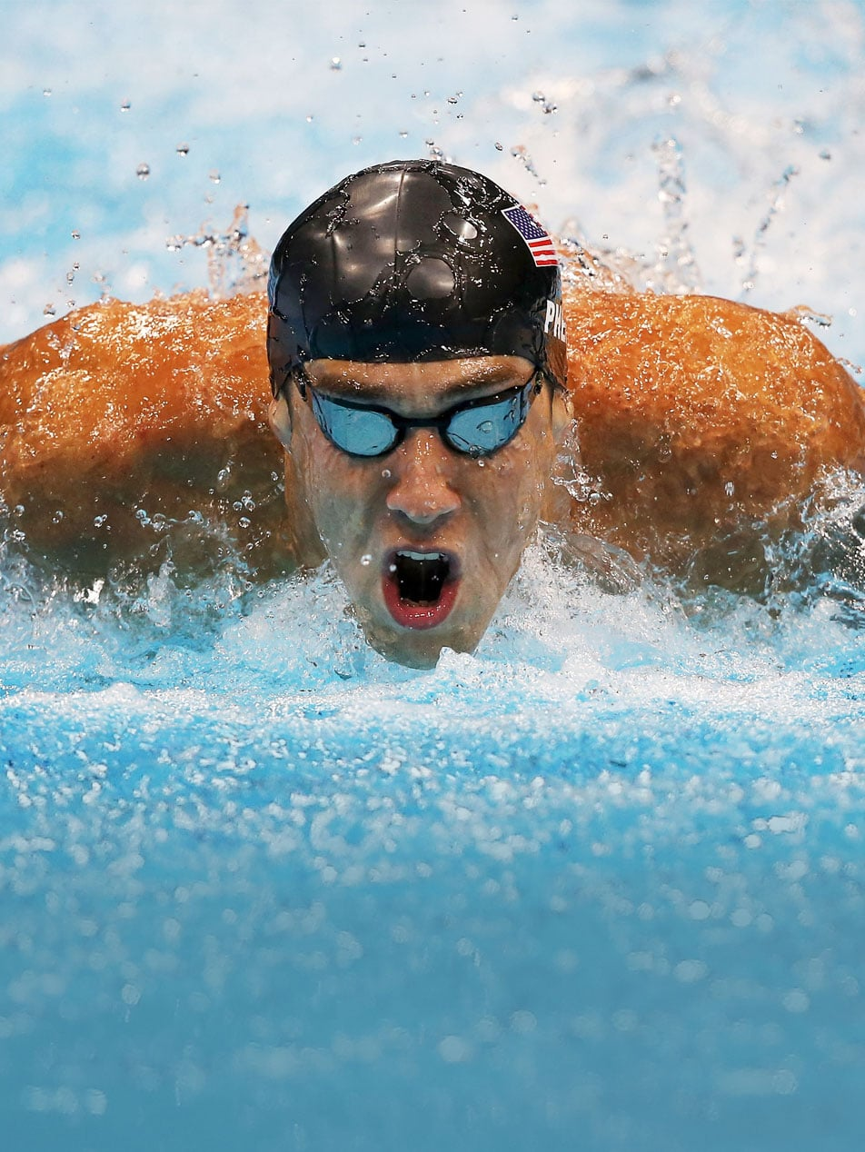 Front view of Michael Phelps swimming