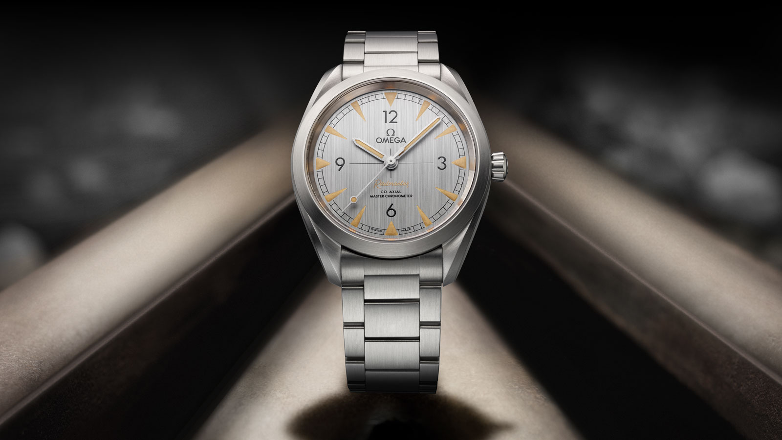 Front view of the Railmaster Omega Co-Axial Master Chronometer 40 mm watch with steel bracelet and grey face