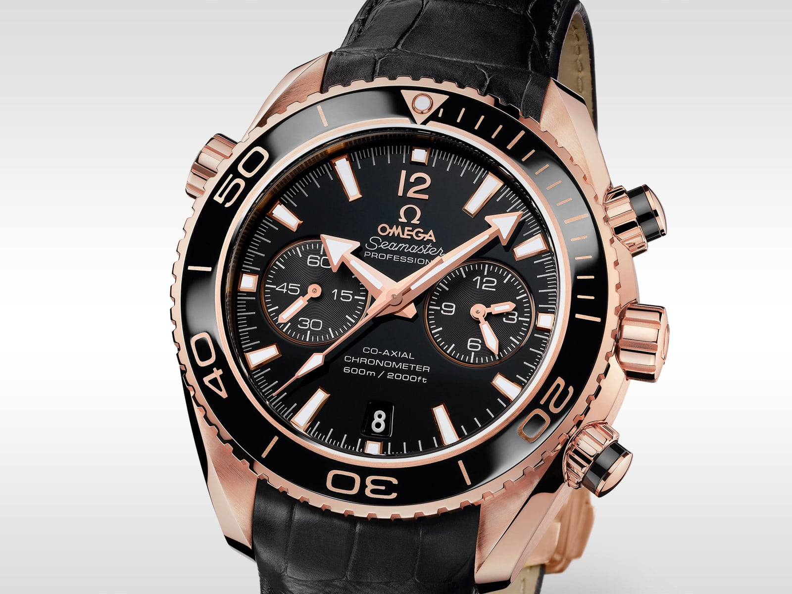 The Seamaster Planet Ocean Ceragold watch with its black ceramic bezel b3f316b5b6