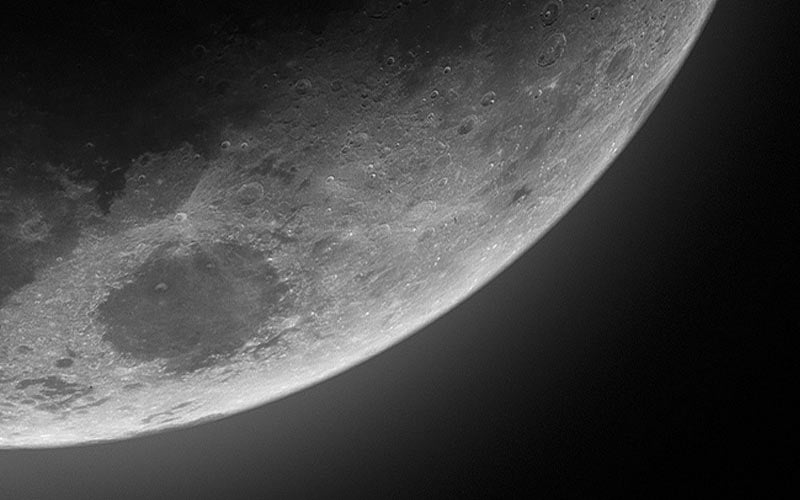 Picture of the bottom-right corner of the moon