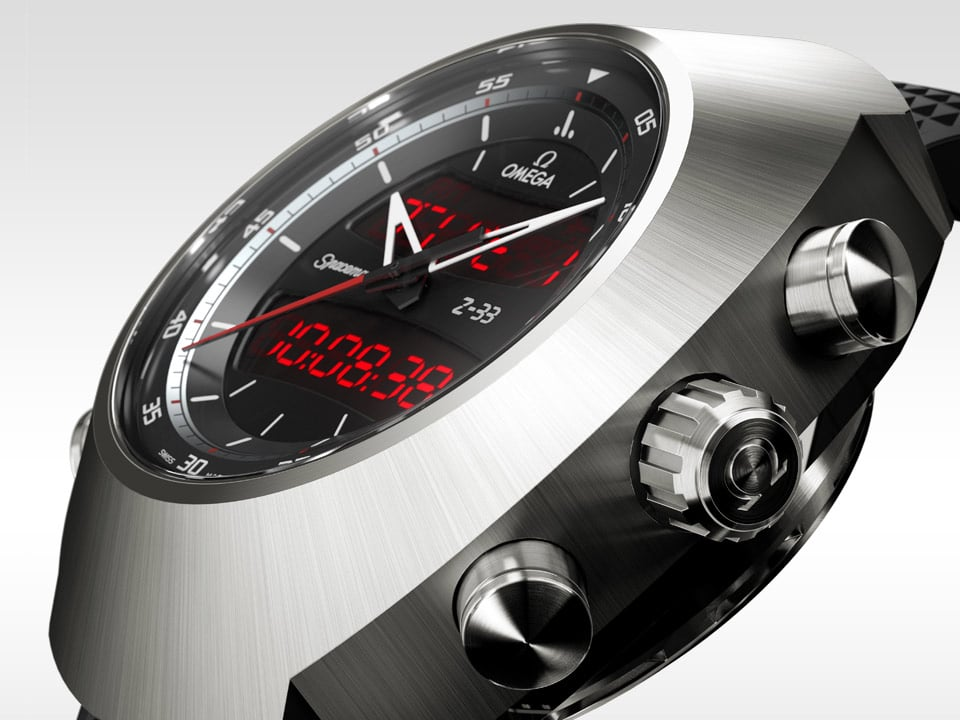 Side view of the OMEGA SPACEMASTER Z 33 titanium case with shiny crown and pushers