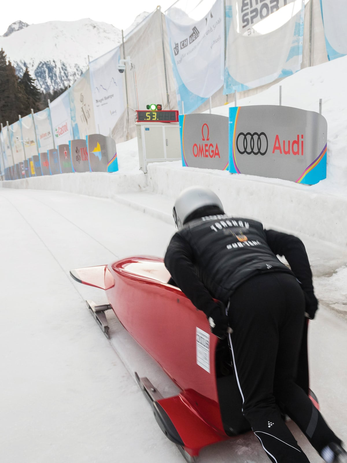 Bobsleigh and monobob: fast-paced winter thrills Item 2 - 1599